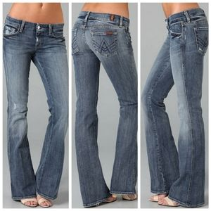 🌻 7 for all mankind A pocket light wash Jeans